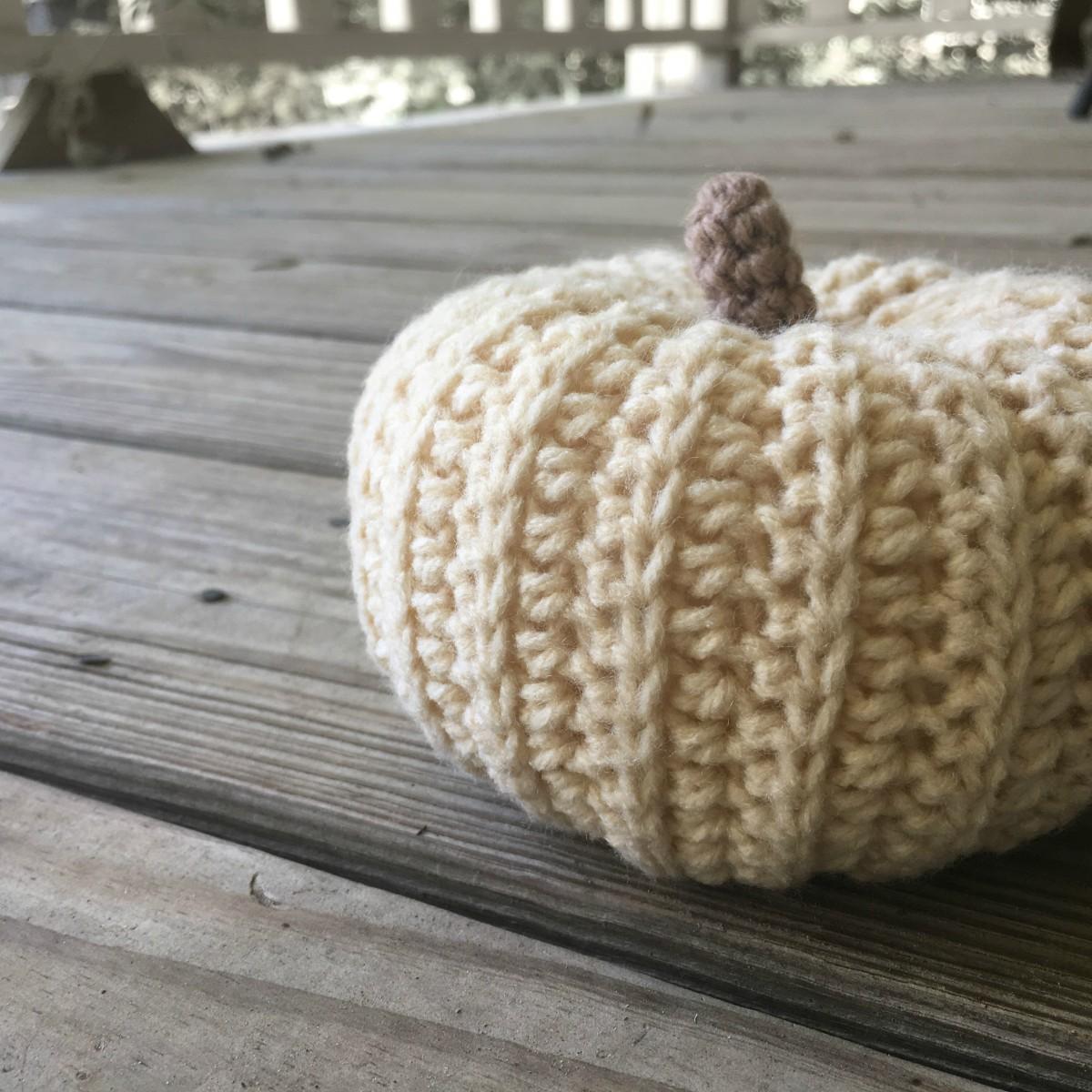 Sweater Style Pumpkin - Free Crochet Pattern